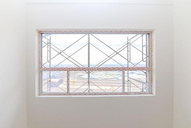 Lắp đặt khung cửa sổ căn hộ tầng 10 Block A, B