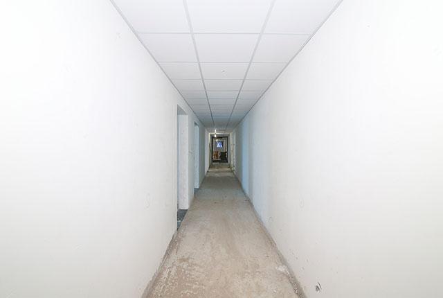 Thi công trần thạch cao hành lang căn hộ tầng 10 Block A, B