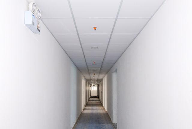 Lắp đặt thiết bị điện hành lang tầng 3 - 17 Block A, B, C