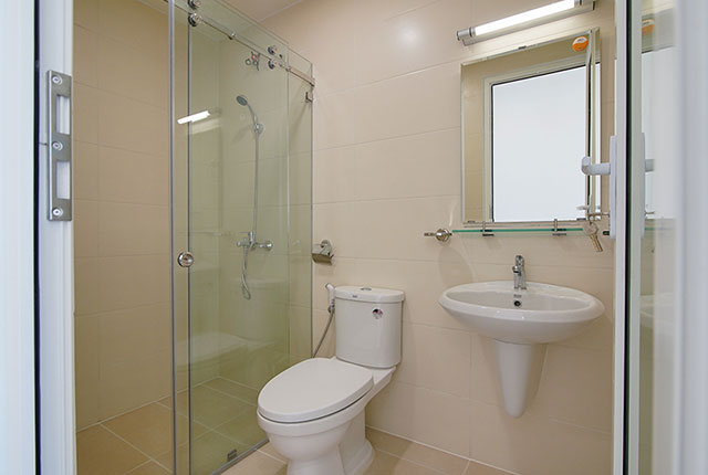 Công tác thi công lắp đặt các thiết bị WC căn hộ tầng 20 block A