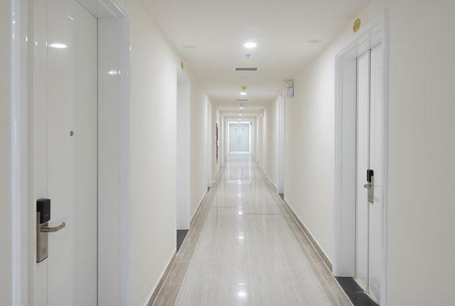Hoàn thành công tác thi công lắp đặt các thiết bị hành lang căn hộ block C