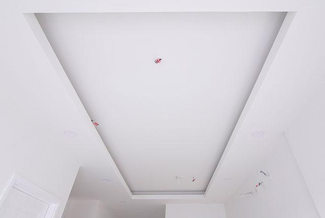 Công tác thi công trần thạch cao căn hộ tầng 20 block A