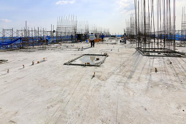 Hoàn thành đổ bê tông sàn tầng 18 block C