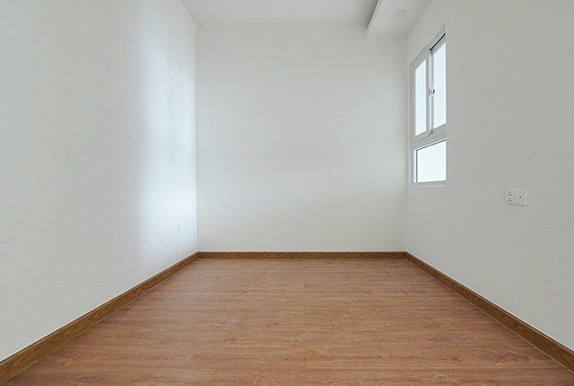 Công tác thi công lắp đặt sàn gỗ phòng ngủ căn hộ tầng 10 block B