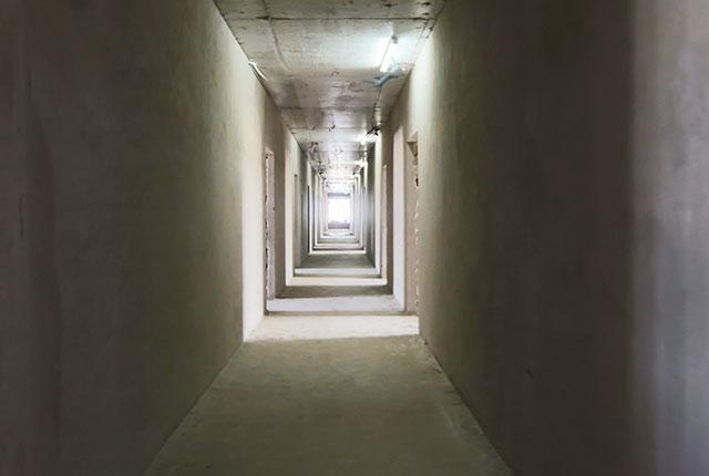Công tác thi công tô tường hành lang tầng 14 block B và C
