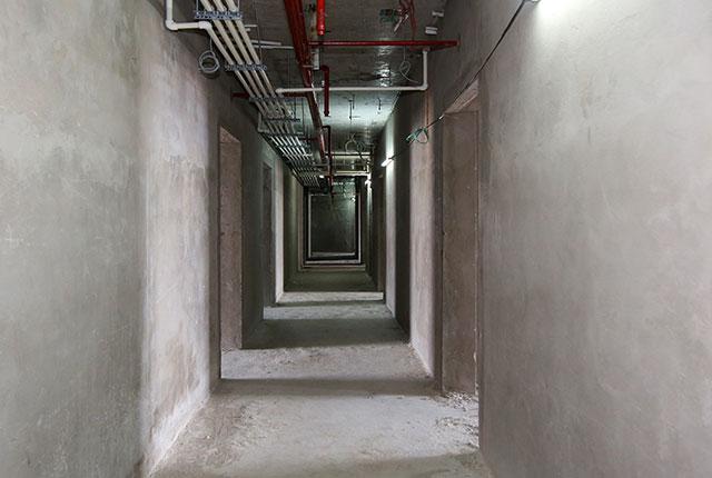 Công tác thi công tô tường hành lang tầng 20 block B