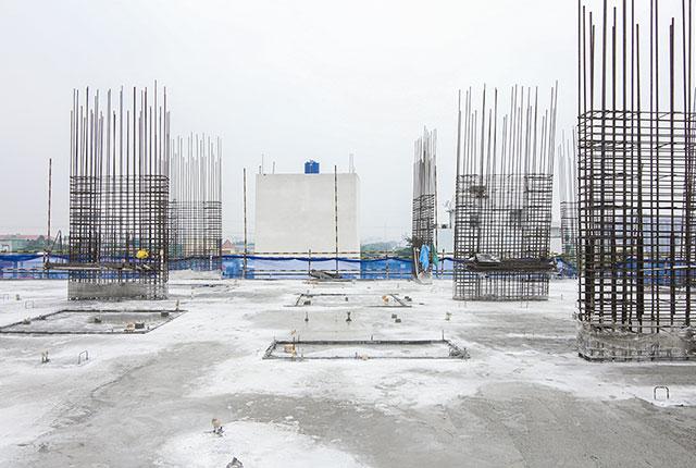 Thi công cốt thép cột sàn tầng 4 block C Moonlight Boulevard Kinh Dương Vương