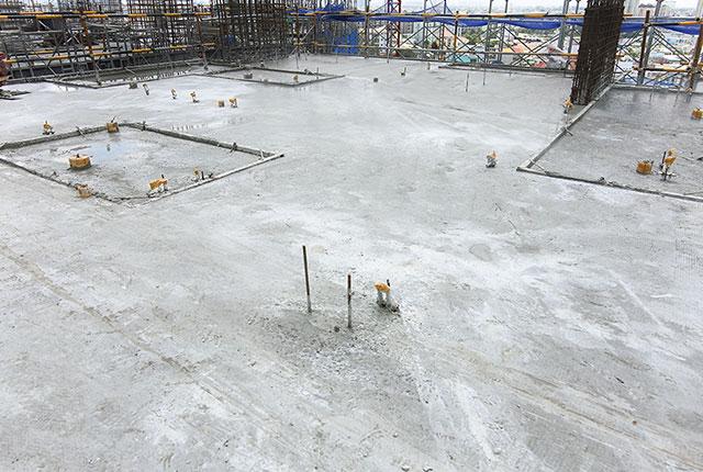 Hoàn thành đổ bê tông sàn tầng 10 block B