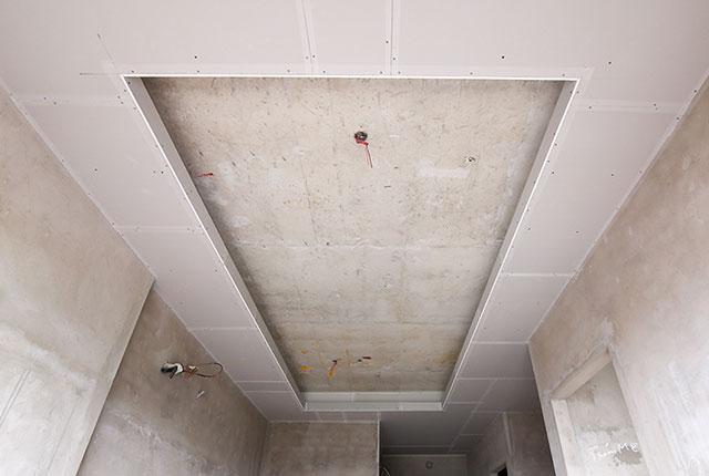 Công tác thi công khung xương trần thạch cao căn hộ tầng 20 block C