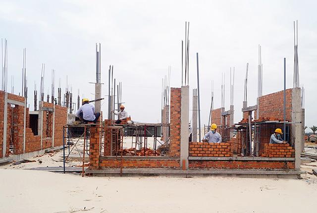 Công tác thi công xây tường tầng 1 khu B