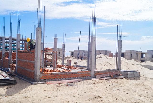 Công tác thi công xây tường tầng 1 Khu A Cam Ranh Mystery Villa