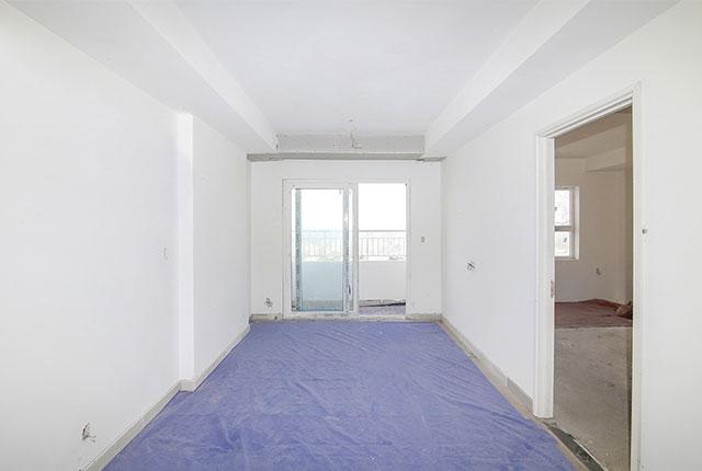 Sơn nước bên trong căn hộ tầng 19 Block A, B