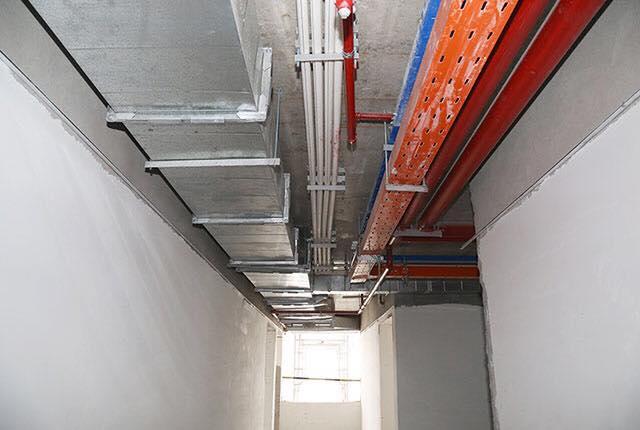 Tiếp tục thi công hệ thống M&E tầng 21 Block A, B