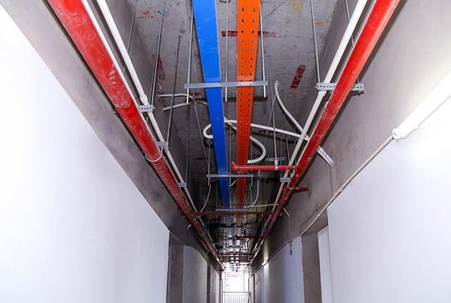 Tiếp tục lắp đặt hệ thống M&E tầng 21 block Southern