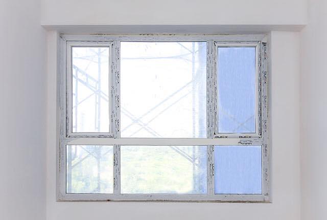 Lắp đặt cửa sổ phòng ngủ căn hộ tầng 6 - 20 block Northern