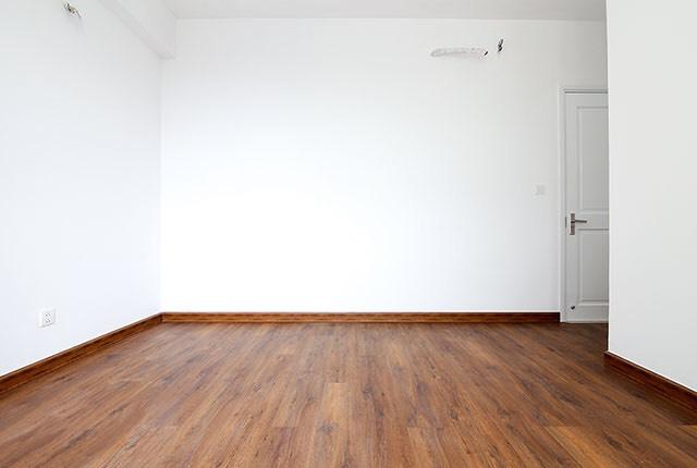 Lát sàn gỗ phòng ngủ căn hộ tầng 7 - 20 block Southern