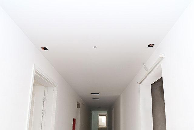 Hoàn thành thi công trần thạch cao hành lang căn hộ block A, B