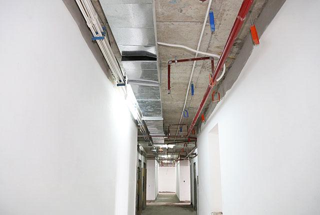 Tiếp tục lắp đặt hệ thống M&E tầng 18 block A, B