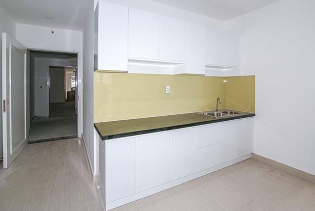 Lắp đặt tủ bếp căn hộ tầng 6 block A, B