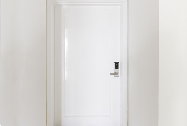 Hoàn thành lắp đặt hệ thống cửa ra vào căn hộ block A, B