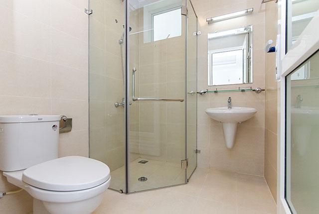 Hoàn thành lắp đặt thiết bị vệ sinh căn hộ block A, B