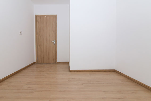 Ốp sàn gỗ phòng ngủ căn hộ tầng 5 - 8 block B