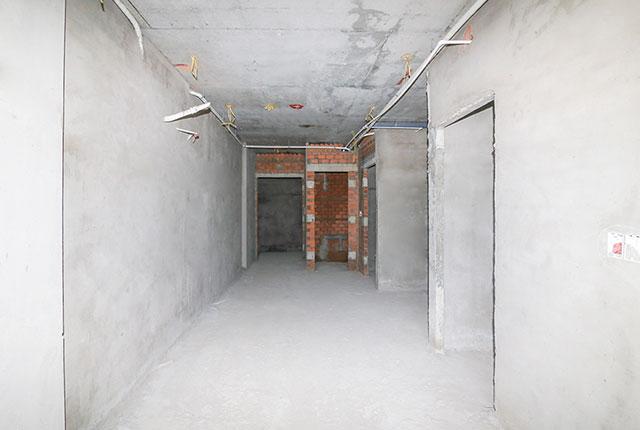 Tô tường căn hộ tầng 13 block B