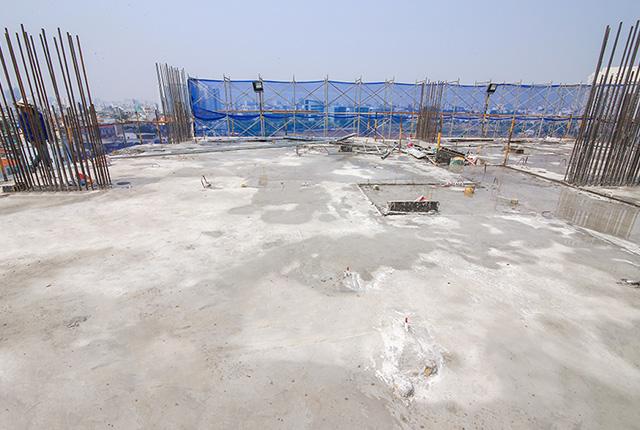 Hoàn thành đổ bê tông sàn tầng 8 block Glory