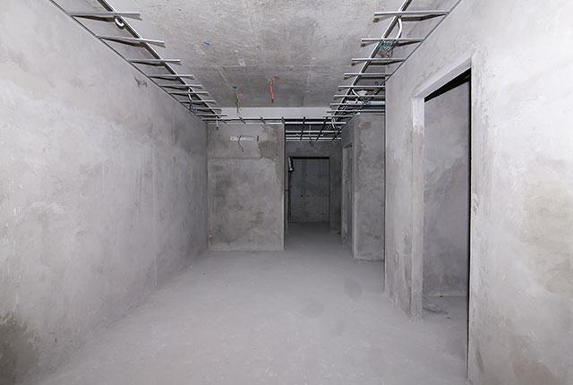 Tô tường căn hộ tầng 14 block Glory