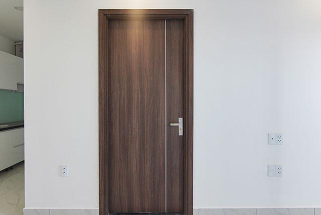 Lắp đặt cửa phòng ngủ đến tầng 24 block Glory