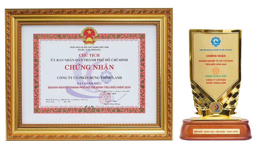 Cúp và bằng khen giải thưởng Doanh nghiệp TP.HCM tiêu biểu năm 2020 dành cho Hưng Thịnh Land