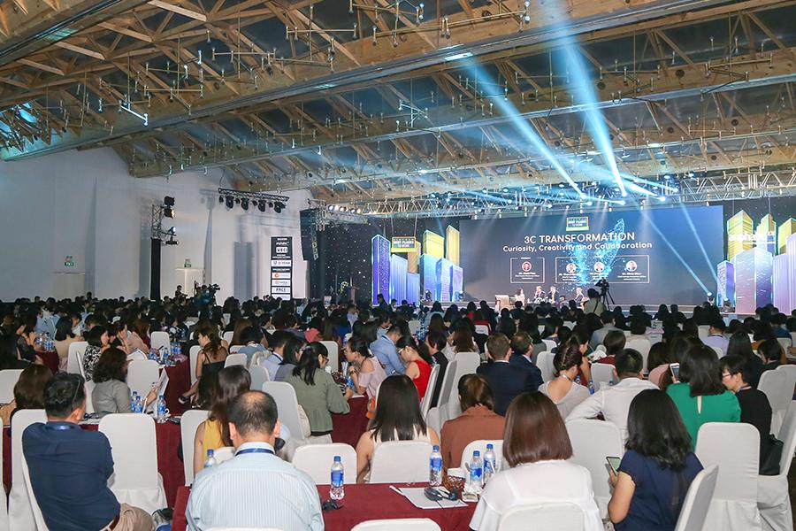 Buổi lễ được tổ chức long trọng vào ngày 27/3/2019 tại Trung tâm hội nghị yến tiệc White Palace