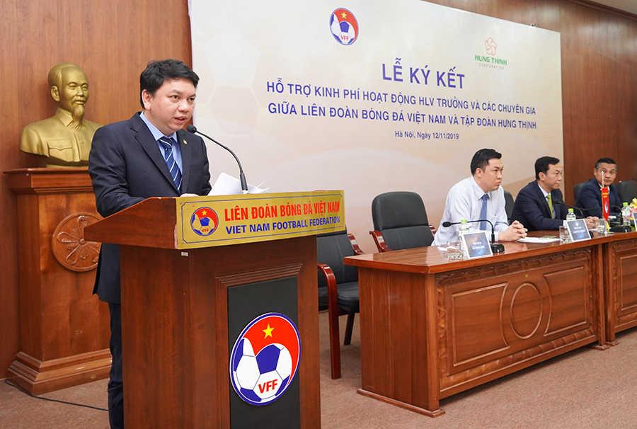 Ông Lê Hoài Anh - Tổng Thư ký VFF phát biểu trong lễ ký kết